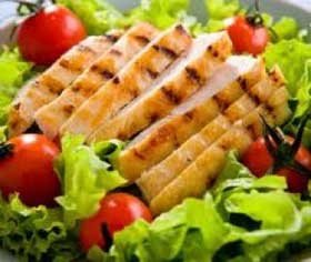 low calorie grilled chicken salad for a healthy diet