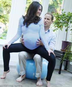 kate middleton doing yoga while pregnant