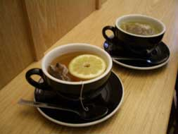 metabolism-boosting green tea cups